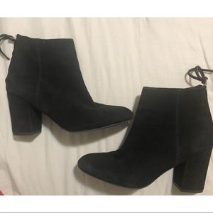 Steve Madden Cynthia Black Suede Ankle Bootie